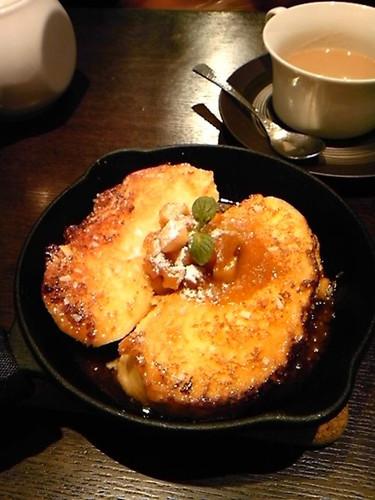 りんごと塩キャラメルのフレンチトースト